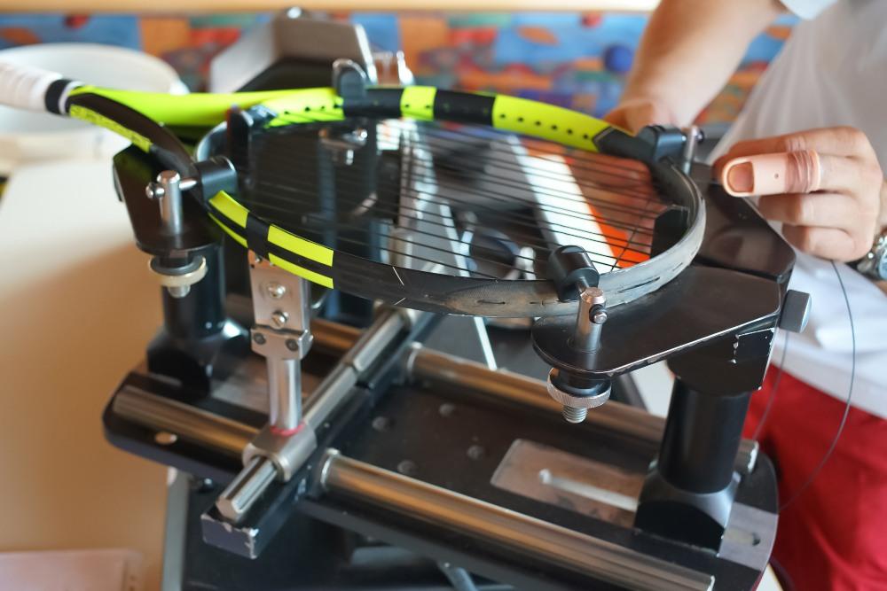 Tennis A Racket Stringing Machine